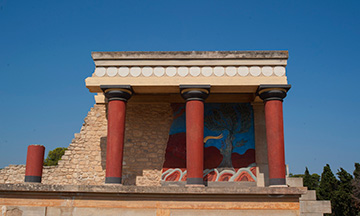 FULL DAY TOUR TO LASSITHI PLATEAU AND KNOSSOS PALACE